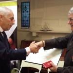 Onorificenza italiana al Prof. John Barnes